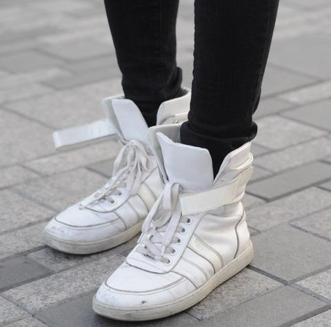 Кроссовки Китай