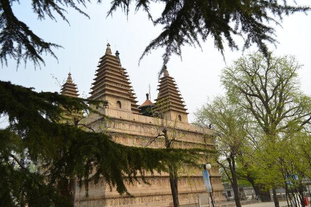 Храм пяти пагод