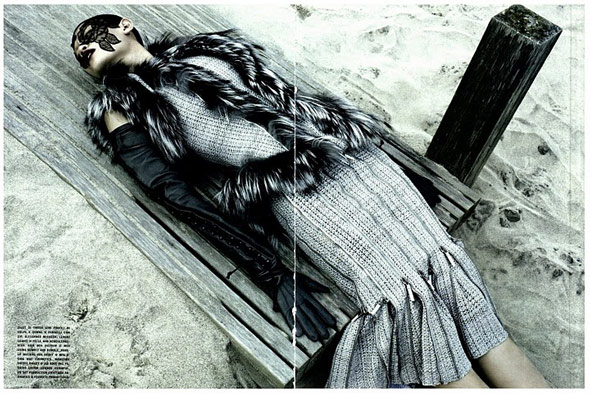 Ming Xi - Vogue Italia August 2011 - 3