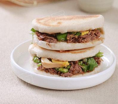 лепешки с мясом, 牛肉夹馍